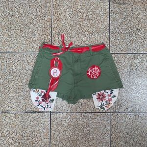 Pants - 1/1 olive green booty shorts with patches